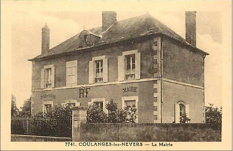 Coulanges les Nevers_Mairie.jpg