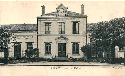 Verneuil mairie