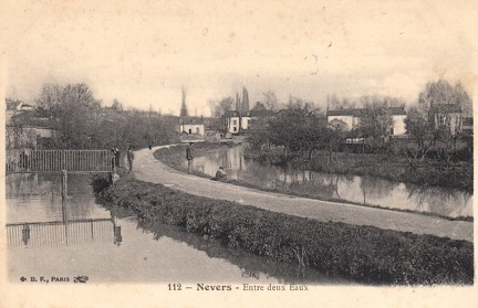 Nevers entre deux eaux