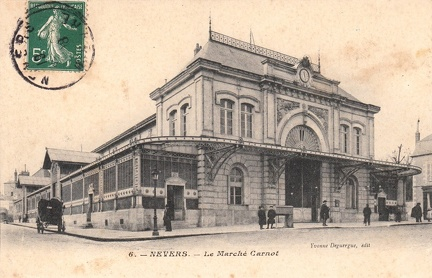 Nevers marché Carnot