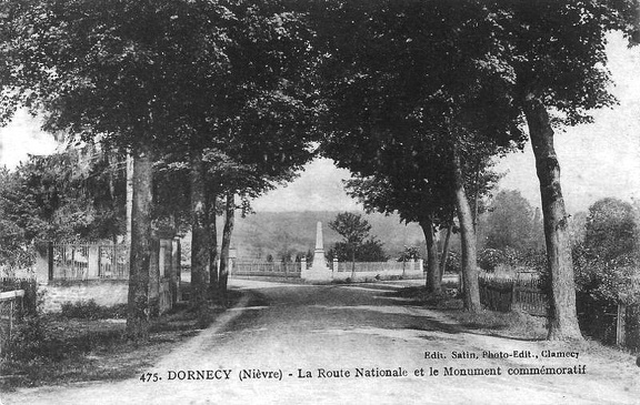 Dornecy monument aux morts